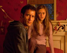 Clive Owen and Ella Purnell