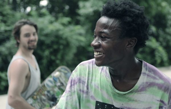 Minding The Gap - Three young men bond together to escape volatile families in their Rust Belt hometown. As they face adult responsibilities, unexpected revelations threaten their decade-long friendship.