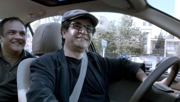 Jafar Pahani's Taxi wins Golden Bear
