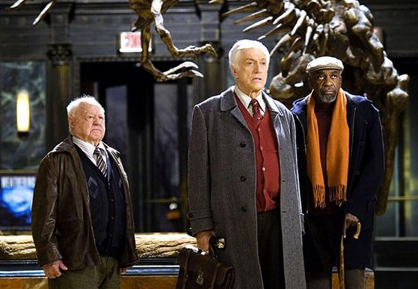 Mickey Rooney, Dick Van Dyke and Bill Cobbs in Night At The Museum