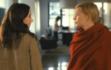 Grace (Abby Quinn) with Isabel (Michelle Williams)