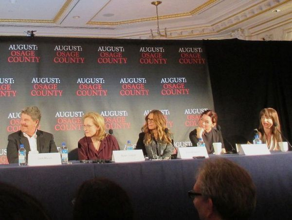 John Wells, Meryl Streep, Julia Roberts, Julianne Nicholson, Juliette Lewis at Essex House for August: Osage County.