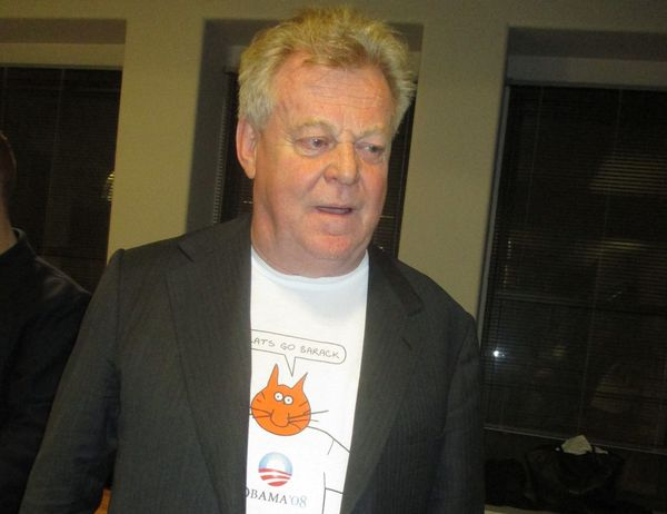 Colin MacCabe in a Chris Marker CATS GO BARACK T-shirt