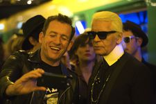 Dany Boon with Karl Lagerfeld in Julie Delpy's Lolo