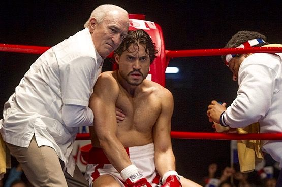 Seconds out … Robert De Niro as manager Ray Arcel and Edgar Ramirez as Roberto Duran in Hands Of Stone