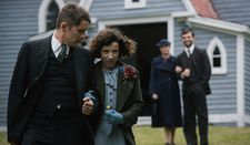"Everett (Ethan Hawke) and Maud Lewis (Sally Hawkins): ""And those odd socks become a pair in the end."""