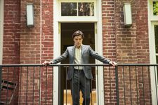 Finn Wittrock as Jonny has a David Lynch eeriness element in his performance.