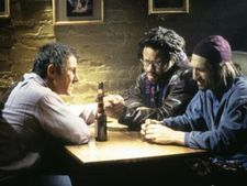 Izzy Maurer (Harvey Keitel) with musicians Tyrone Lord (Don Byron) and Dave Reilly (Richard Edson)