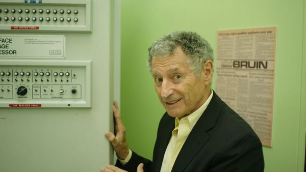 Leonard Kleinrock in Lo And Behold: Reveries Of The Connected World - Does the internet dream of itself? Explore the horizons of the connected world.
