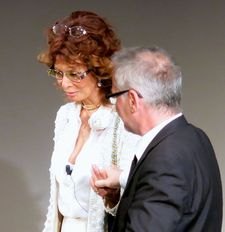 Sophia Loren with Festival director Thierry Fremaux.
