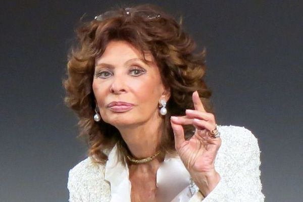 "Sophia Loren: ""I had never gone to theatre school or taken acting lessons but I did the best I could."""
