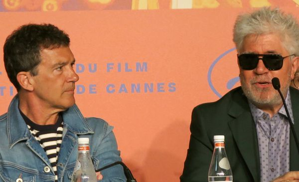 Antonio Banderas and Pedro Almodóvar at the Pain And Glory Cannes press conference