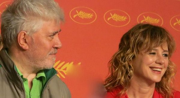 Pedro Almodóvar with his Julieta actress Emma Suarez at the Cannes Film Festival last year.
