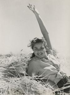 "Ingrid Bergman: ""She loved several people through the lens."""