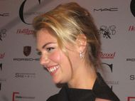 Kate Upton on the red carpet - photo by Anne-Katrin Titze