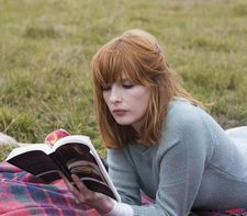 Kelly Reilly as Fiona, reading H.P. Lovecraft's The Dreams In The Witch House