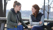 "Kristen Stewart with Julianne Moore: ""Julie worked a lot with that in the final scene with Lydia."""
