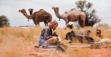Mia Wasikowska as Robyn Davidson with Diggity - Stardust Memories: