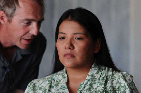 "Misty Upham with Arnaud Desplechin on the set of Jimmy P: Psychotherapy Of A Plains Indian: ""l faudrait un quatrain d'Emily Dickinson pour chanter Misty."""