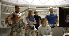 Mark Watney (Matt Damon), Melissa Lewis (Jessica Chastain), Chris Beck (Sebastian Stan), Beth Johanssen (Kate Mara), Alex Vogel (Aksel Hennie)