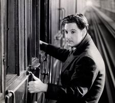 Robert Donat in The 39 Steps