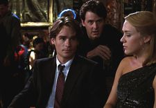 Tom (Robert Sean Leonard) with Des (Chris Eigeman) and Alice (Chloë Sevigny)