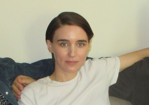 "Benedict Andrews' Una star ‪Rooney Mara‬ on Ben Mendelsohn's Ray: ""She can't take her eyes off of him."""