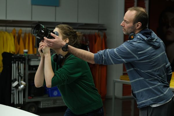 Elza Kephart working with cinematographer Steve Asselin
