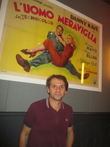 Wonder man ‪Serge Bozon‬ in front of Italian poster of Wonder Man, starring Danny Kaye, Virginia Mayo and Vera Ellen