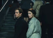 Kurt Barnert (Tom Schilling) with Ellie Seeband (Paula Beer) going West in Never Look Away