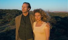 Claire (Solveig Dommartin) with Sam Farber (William Hurt)