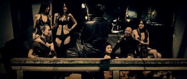 Underground black strippers sexy party - 3 4