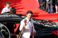 Casey Affleck greets the fans at the Karlovy International Film Festival