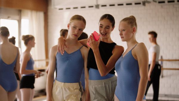 "Lukas Dhont's Girl in Cannes Un Certain Regard:  ""The jury appreciated ""its bold integrity in tackling gender issues …"""