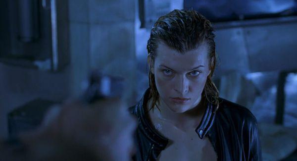 Resident Evil 2002 Movie Review From Eye For Film