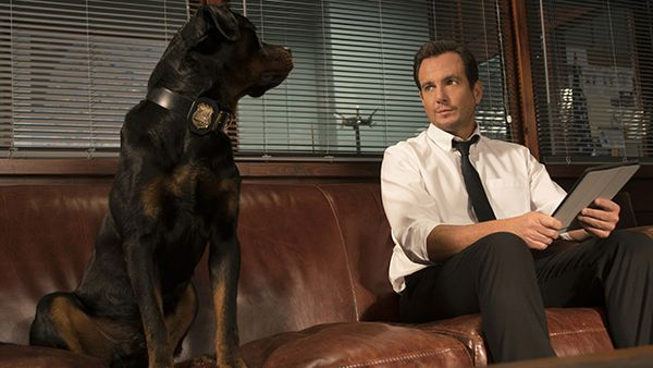 Max and Will Arnett in Show Dogs