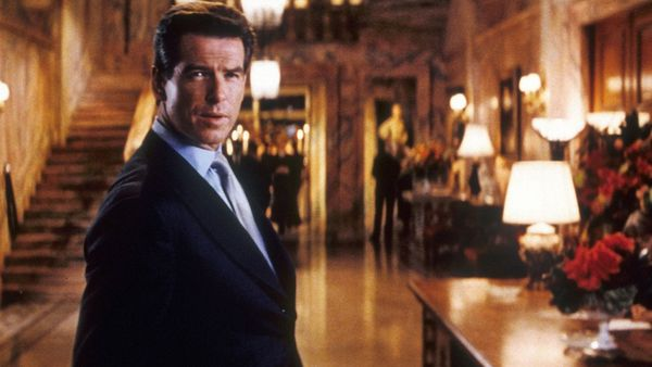 the thomas crown affair 1999 movie review from eye for film