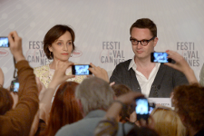 Nicholas Winding Refn &amp; Kristin Scott Thomas at the press conference <em>Photo: FDC - AFP</em>